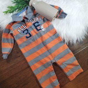 🌿5/$25 Carter's Orange/Grey Stripe Footies   12m